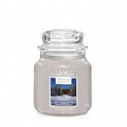 Candlelit Cabin, Giara Media - Yankee Candle