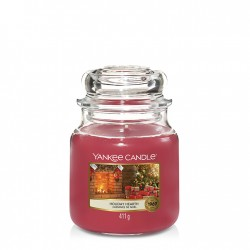 Holiday Hearth, Giara Media - Yankee Candle