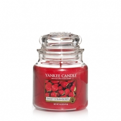 Sweet Strawberry Giara Media - Yankee Candle